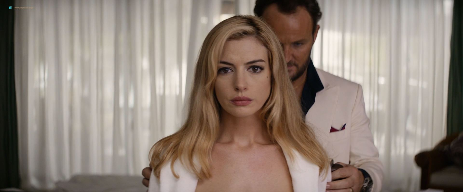0201153347964_13_Anne-Hathaway-hot-in-sex-scene-Serenity-2019-HD-1080p-BluRay-00004.jpg