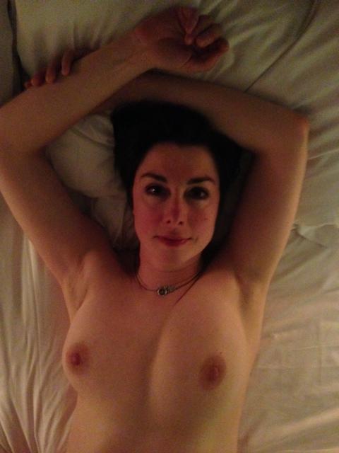 Sue-Perkins-Nude-Leaked-TheFappeningBlog.com-2.jpg