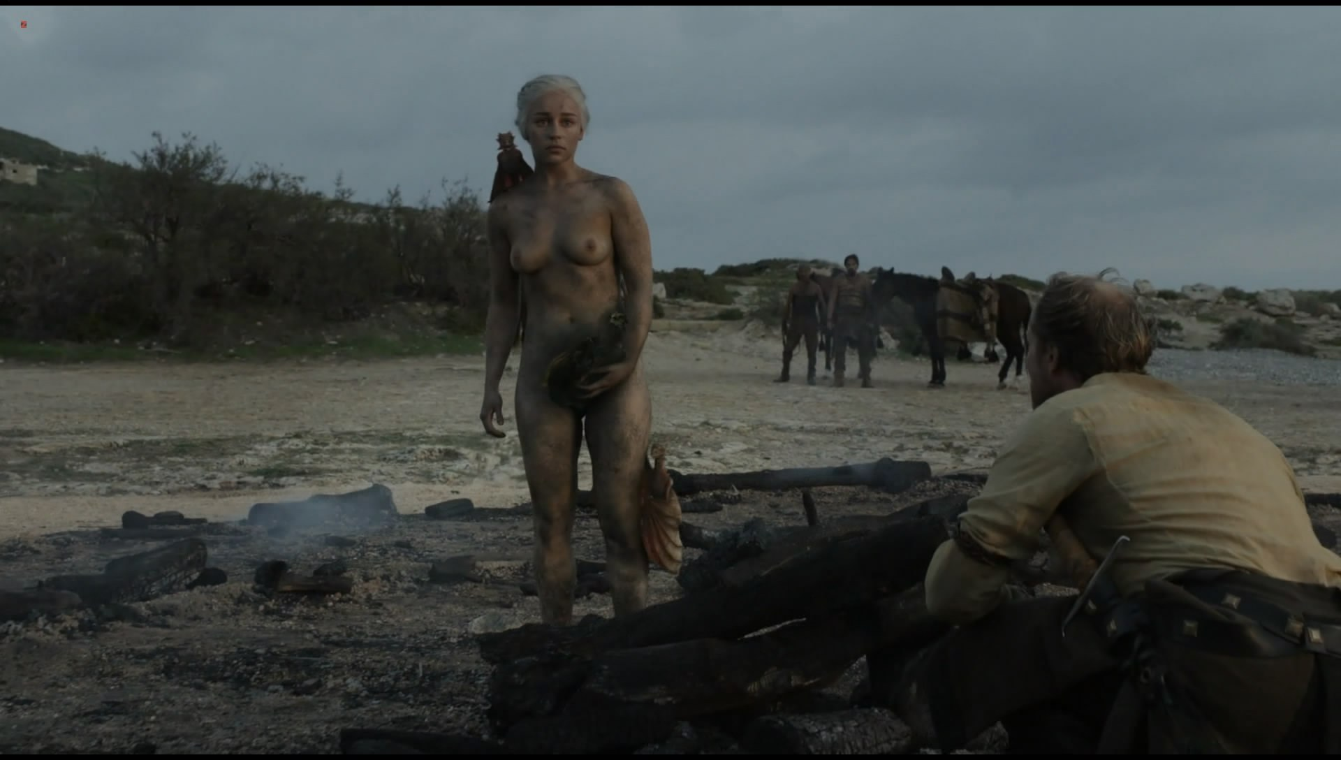 0313180705214_0_Emilia-Clarke-nude-topless-very-hot-in-Game-of-Thrones-s01e10-hdtv1080p-5.jpg