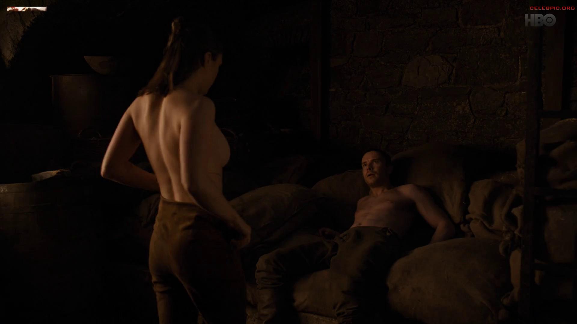 0322054006910_13_Maisie_Williams_-_Game_of_Thrones_S08_E02_1080p__1_253.jpg