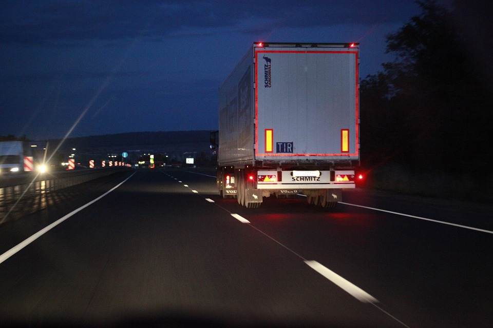 Как сэкономить на поездках по платным автодорогам: способы и примеры