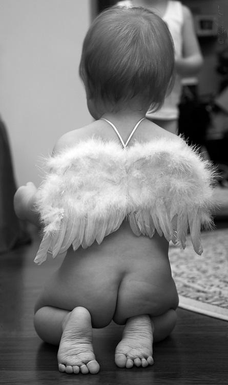 имел картинка обиженный ангелочек этому
