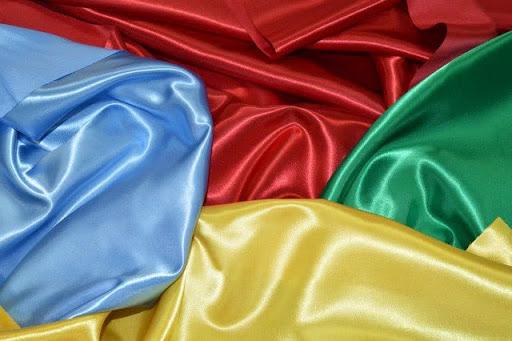 Особенности атласа и правила выбора ткани
