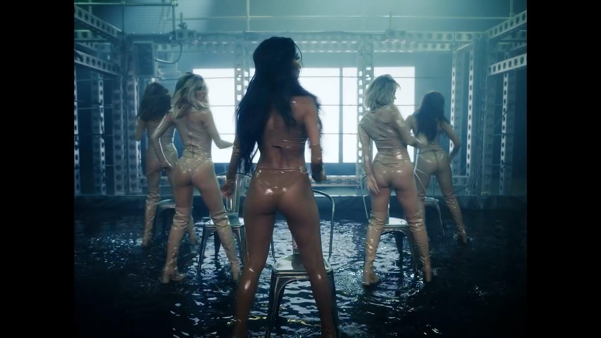 The Pussycat Dolls - React.mp4_snapshot_02.37_[2020.02.10_03.42.57].jpg