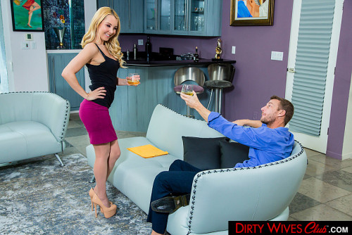 Aaliyah Love - Aaliyah Love fucks husbands employee (2020) SiteRip |
