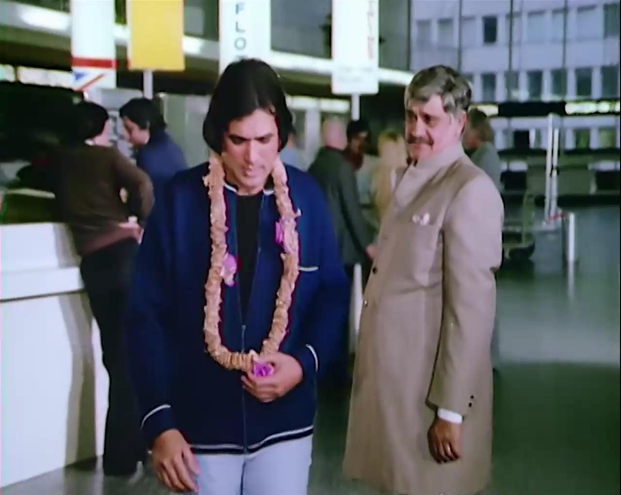 Aashiq.Hoon.Baharon.Ka.1977.WEBRip.AVC.AAC.1080p_DusIcTv[(196527)07-19-43].JPG
