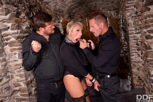 Brittany Bardot - BDSM DP Session on Order (2020) SiteRip |