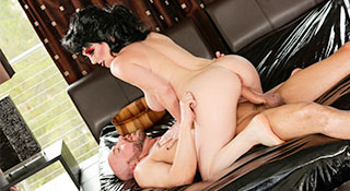 RayVeness - Mistress Of The Gel (2015)