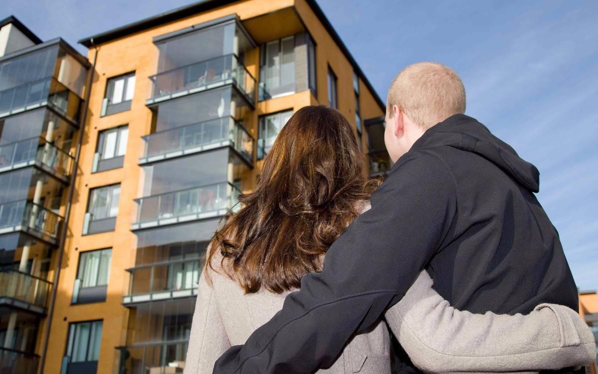 Как купить квартиру в другом городе: онлайн, через банк, нотариуса или доверенное лицо