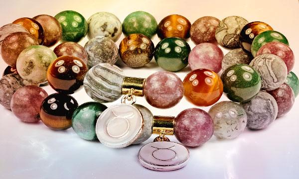 Какой камень у Тельца должен быть в шкатулке (камни талисманы для Тельцов женщин и мужчин)