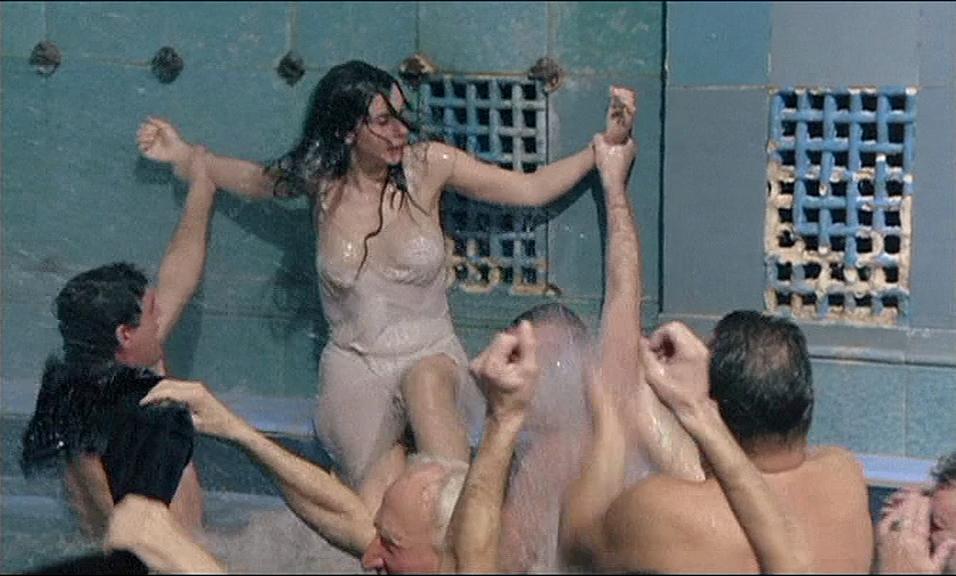 Prinzenbad (1993) [Екатерина Стриженова, Elizabeth Schofield].mp4_20210823_144452.982.png