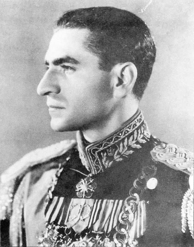 Как товарищ Сталин удивил иранского шаха